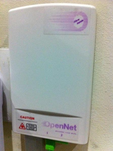 Fibre Home Broadband in Singapore | M1 Fibre Optic Setup and