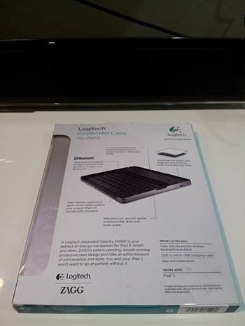 Logitech Keyboard Case for iPad 2 by Zagg 03