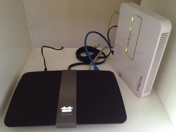 New Cisco Linksys EA4500 Gigabit Router Wireless N | for