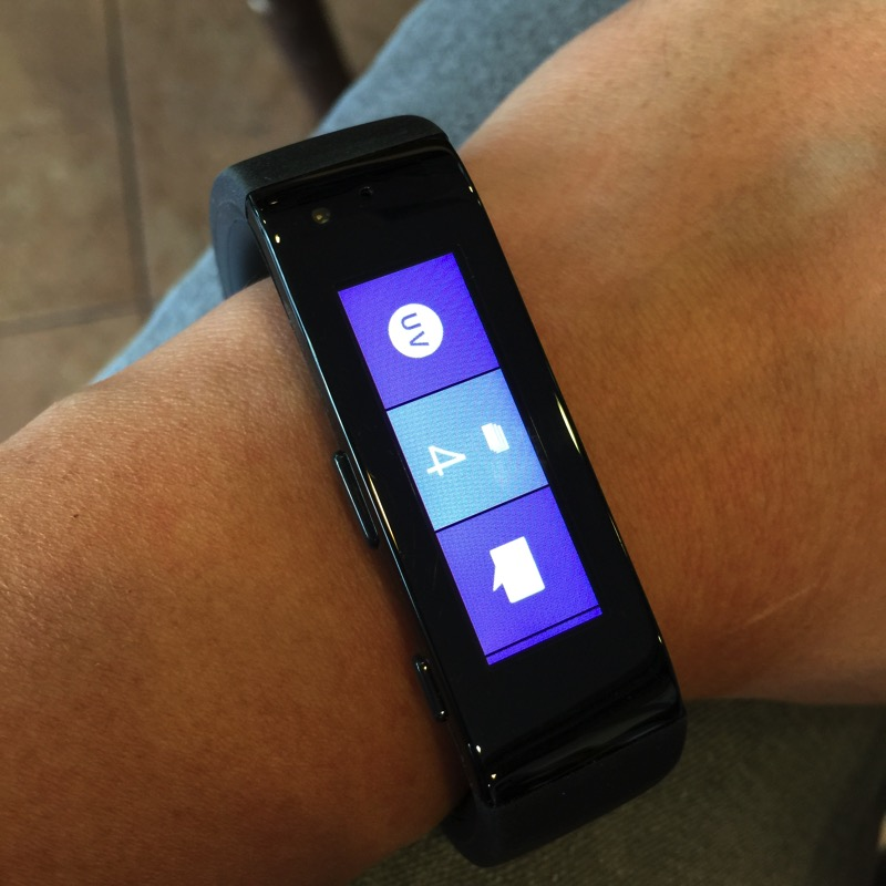 MicrosoftBand-Display1