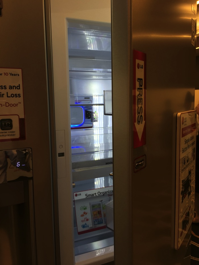 LG Refrigerator - Side by Side - GS M6262KR - Door In Door opened