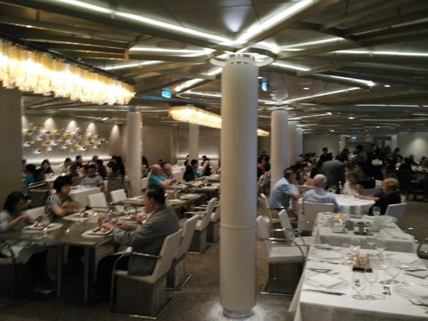 Chic - Inside the restaurant