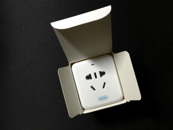 Mi Smart Plug - unboxed