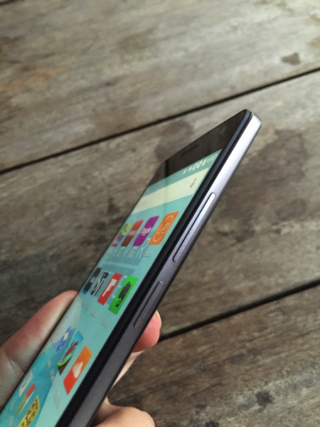 OnePlus Two Launch - volume buttons