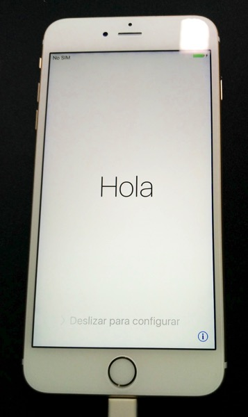 iPhone 6S Plus Gold - starting up