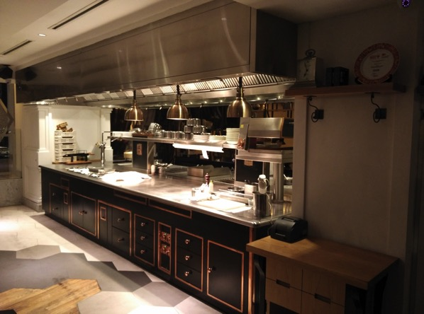 Sofitel Xperience Restaurant & Bar - kitchen