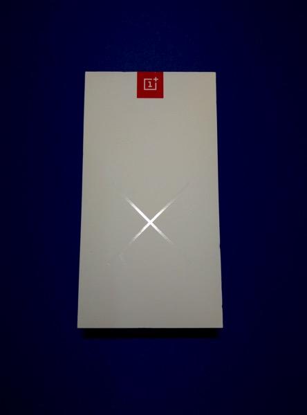 OnePlus X - front box
