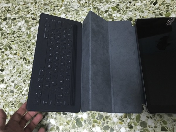 Apple iPad Pro - Apple Smart Keyboard - Preparing to dock with iPad Pro