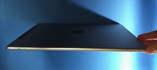 Apple iPad Pro - bottom view