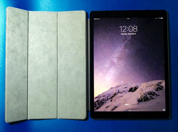 Apple iPad Pro - smart cover - opened