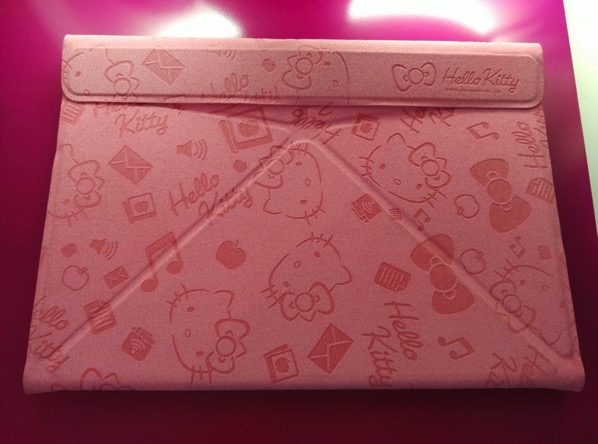 Grace 10 Light Hello Kitty Tablet PC - Pigo keyboard (folded)
