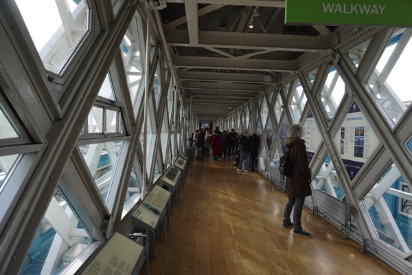 Tower Bridge - understanding the history and building of the bridge