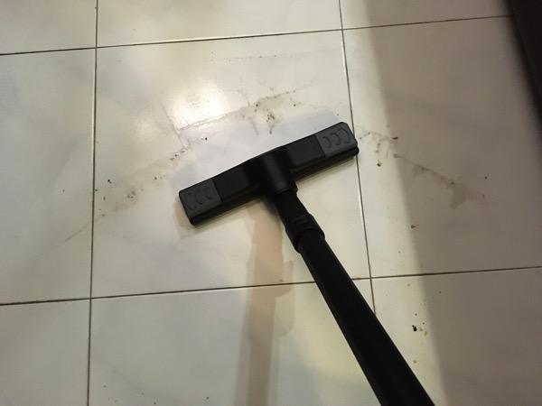Karcher SV7 Steam Vacuum Cleaner - floor dirt (before cleaning)