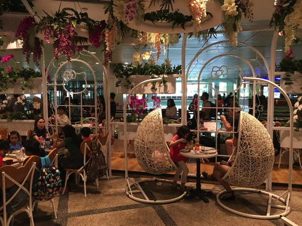 Hello Kitty Orchid Garden Singapore Cafe - Inside View