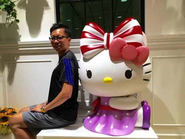 Hello Kitty Orchid Garden Singapore Cafe - figurine 2