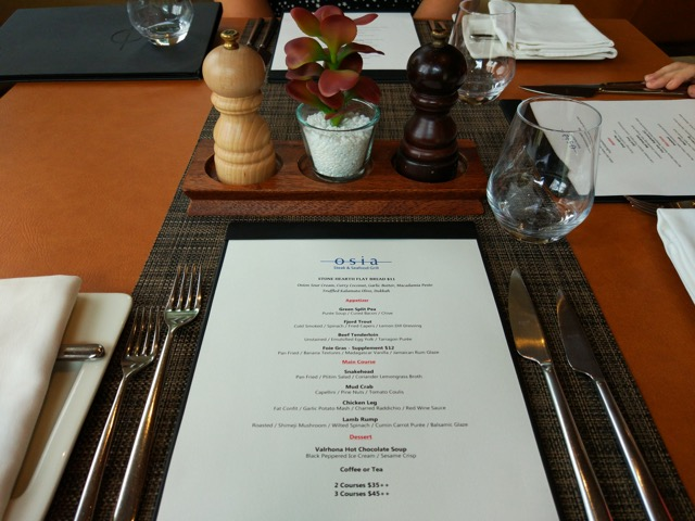 RWS Osia Restaurant - table setup