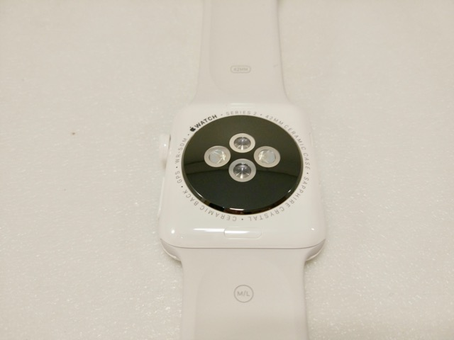 apple-s2-watch-edition-review-back-view