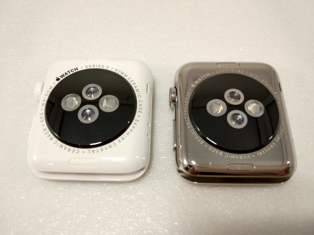 apple-s2-watch-edition-review-comparisions-with-s1-back-view