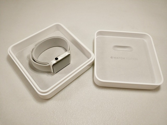apple-s2-watch-edition-review-watch-in-box