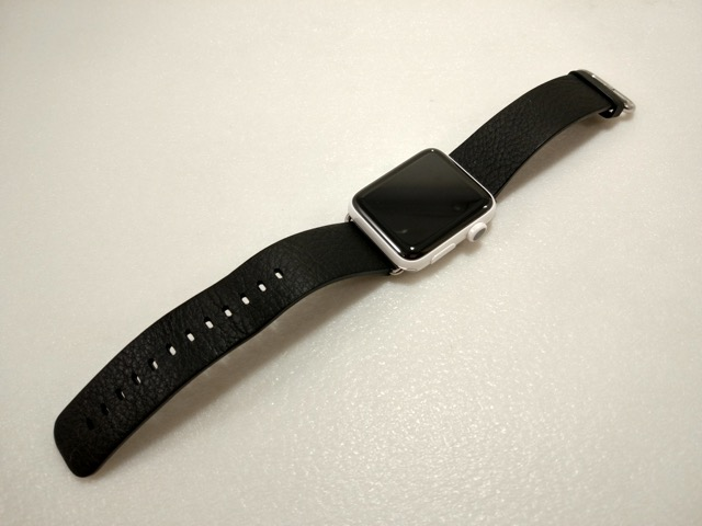 apple-s2-watch-edition-review-with-black-leather-strap