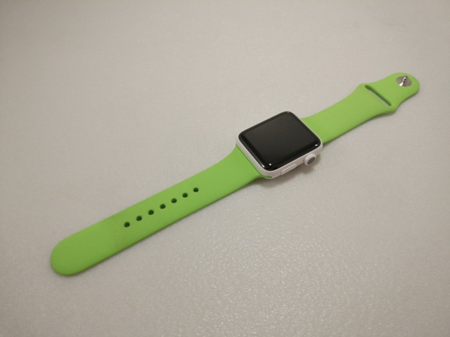 apple-s2-watch-edition-review-with-green-sports-band