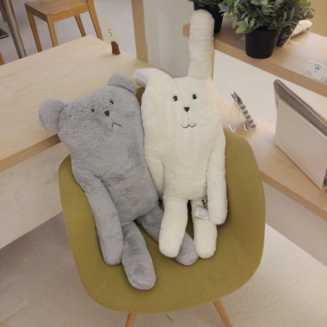 craftholic-singapore-pop-up-cafe-couple-sloth-2