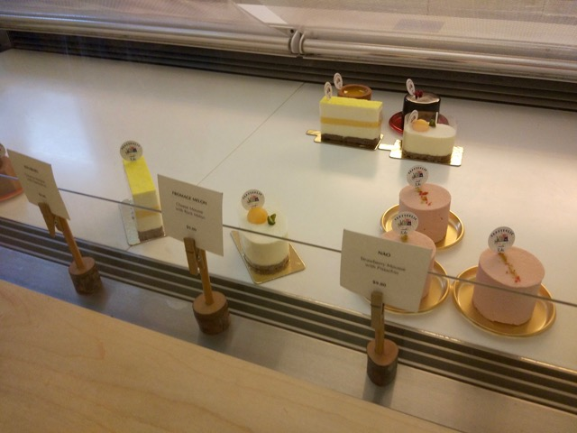 craftholic-singapore-pop-up-cafe-pastries