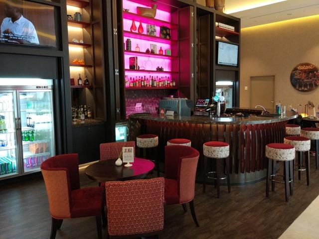 mercure-bugis-singapore-hotel-review-bar