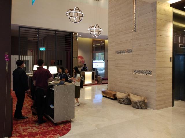 mercure-bugis-singapore-hotel-review-hotel-lobby