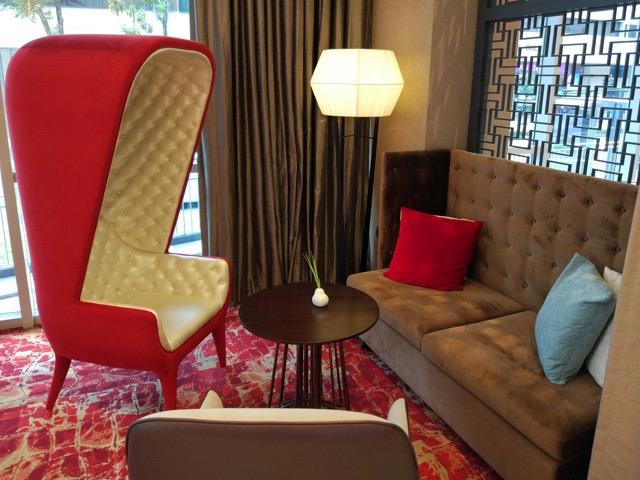 mercure-bugis-singapore-hotel-review-hotel-resting-area