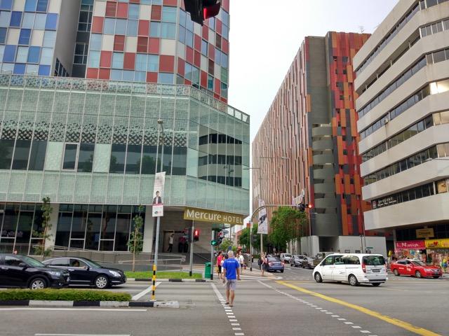 mercure-bugis-singapore-hotel-review-road-junction