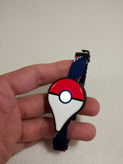 pokemon-go-plus-review-led-lighted