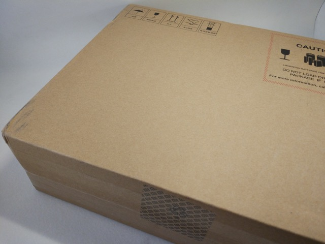 Xiaomi Mi Notebook Air Review - Retail Packaging