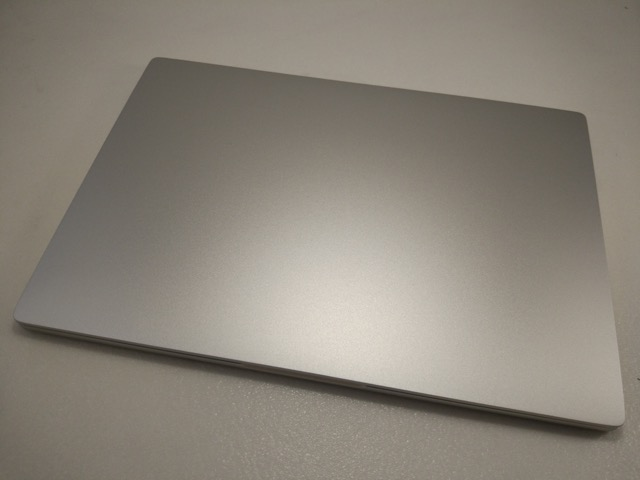 Xiaomi Mi Notebook Air Review - front (closed mode)