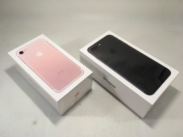 iphone-7-plus-review-retail-packaging-boxed