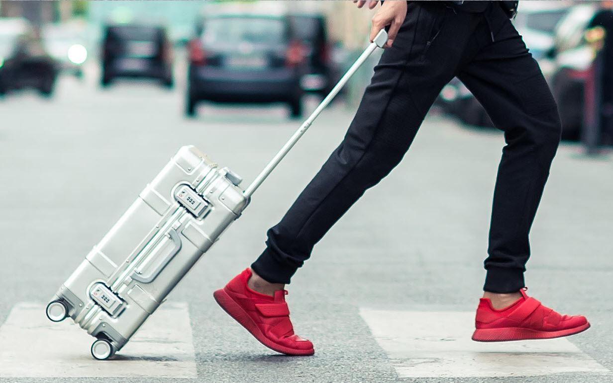 xiaomi-mi-90-smart-metal-luggage-suitcase-main-image-2