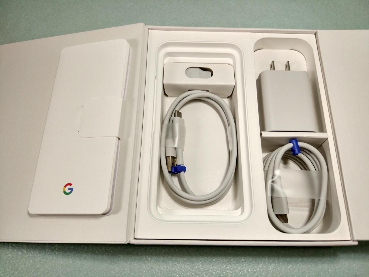 google-pixel-review-unboxed-accessories